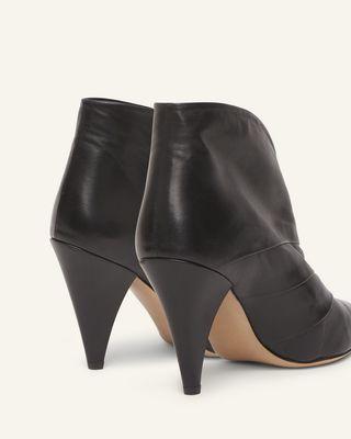 ISABEL MARANT 靴子 女士 ACNA 靴子 d