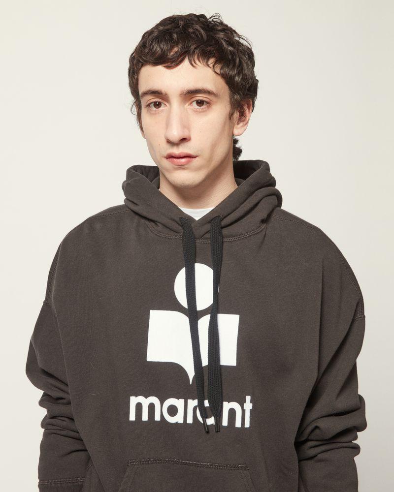 平纹针织连帽卫衣 抽绳连衫帽  长袖  正面置物口袋  正面徽标    模特身高 190 cm,身穿法国尺码 M ISABEL MARANT