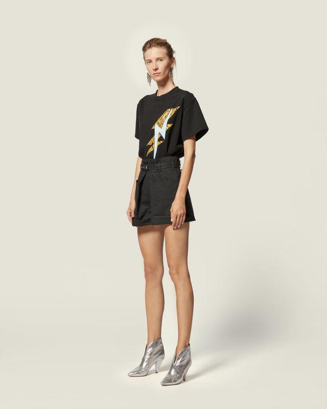 YATES T 恤