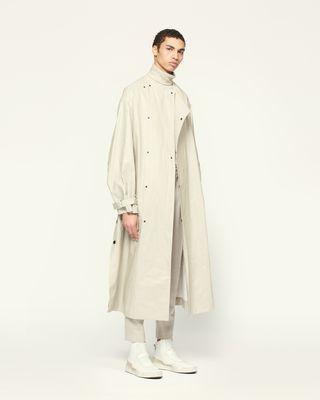 CORLYO 大衣